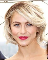 what kind of hairstyle does julienne huff have in safe haven julianne hough s hair styles are definitely worth trying assim