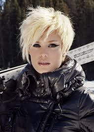 haircuts that make women ober 50 look younger 50 best short haircuts for women to make you look younger