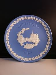 amazon com 1969 wedgwood jasperware christmas plate home u0026 kitchen