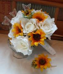 Sunflower Wedding Bouquet Pinterest U0027teki 25 U0027den Fazla En Iyi Sunflower Bridal Bouquets Fikri