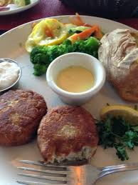 captain s table myrtle beach crab cakes at sea captain s yum picture of sea captain s house