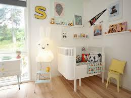 chambre bébé avec lit évolutif lit évolutif sebra un petit lit qui grandit avec les