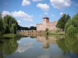 Most Beautiful Cities In The Us The Gyula City Photos And Hotels Kudoybook