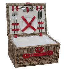 picnic basket for 2 best 25 wicker picnic basket ideas on picnic baskets