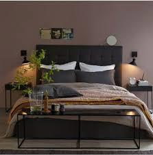 chambre couleur taupe et chambre couleur murs taupe avec literie couleur chocolat couleur