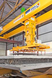 stacker crane for handling precast concrete parts concrete plant