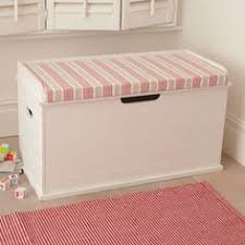 Wooden Toy Chest Instructions by Toy Chest Diy Instructions Link Honey Do List Pinterest Toy