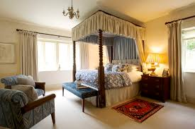Stay At The Swan Hotel In Gloucestershire - Hotels in the cotswolds with family rooms