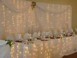 drapã e mariage décoration de salle table draps blancs illuminés mariage