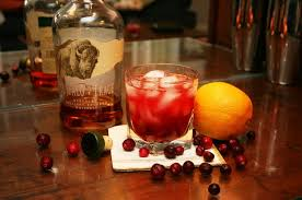 thanksgiving cocktail the cranberry fashioned