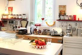 cuisine en famille tasty decoration cuisine maison de famille d coration clairage a