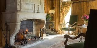 chambre de chateau chambres d hôtes insolites au coeur de l ain 01 château de bissieux