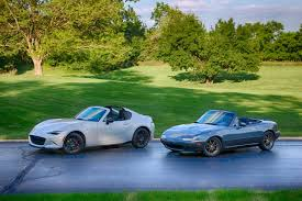 mazda convertible 90s old and new mazda miatas demonstrate why driving matters