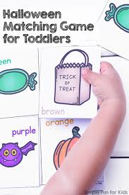 printable halloween pictures for preschoolers halloween matching game for toddlers simple fun for kids