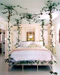 Distressed White Bedroom Beach Furniture 32 Fabulous 4 Poster Beds That Make An Awesome Bedroom