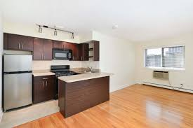 600 Square Feet Apartment Reside On Roscoe Apartments 532 W Roscoe St Lakeview East