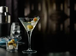 vodka martini 10 essential vodka cocktails you need to try right now maxim