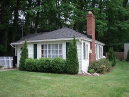 2 bedroom cottage charming 2 bedroom cottage p vrbo
