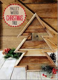 pallet christmas tree pallet wood christmas tree and a linky party thistlewood farm