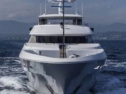 How Much Should I Charge To Design A Business Card How Much It Costs To Operate A Luxury Yacht Business Insider