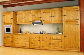 cuisine style montagne meuble de cuisine en bois décoration unique cuisine meuble de