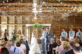 barn wedding venues illinois top 10 chicagoland rustic chic wedding venues