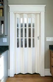 bathroom door ideas accordion bathroom doors overcurfew com