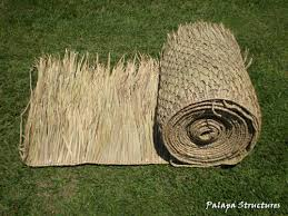 How To Build A Tiki Hut Roof Mexican Palm Thatch Roofing Materials How To Trim Palm Thatch