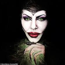 becoming a makeup artist online make up artist malone guerbaa creates painting