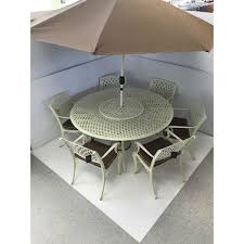 Barcelona Outdoor Furniture by Barcelona 6 Seater Lazy Susan Garden Furniture Set Hammered Cream