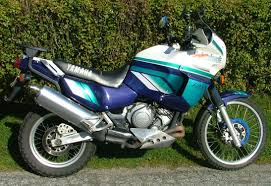 yamaha xtz 750 brief about model