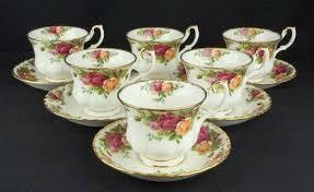 roses teacups 6 royal albert country roses teacups saucers vgc royal