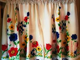 installing the beautiful vintage kitchen curtains decoration