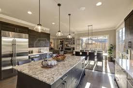 comptoir de cuisine quartz blanc cuisine gris moderne dispose d armoires avant plat gris foncé jumelé