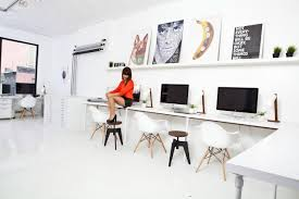 decor of long computer desk with get good working ambiance with