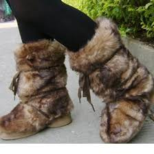 s yeti boots eskimo faux fur yeti boots brown white black