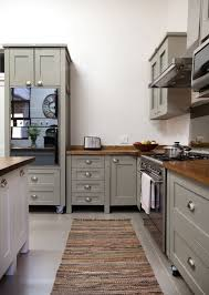 dulux dusted moss 1 click through for the best gray paints for