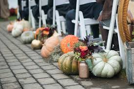 13 fall wedding ideas with pumpkin decorations that aren u0027t basic