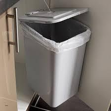 rangement poubelle cuisine cuisine leroy merlin poubelle de cuisine rangement poubelle