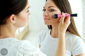 Makeup Artist Jobs Makeup Artist Salary How Much Can You Expect Qc Makeup Academy