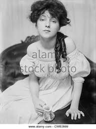 hairstyles from 1900 s 1900s hairstyles stock photos 1900s hairstyles stock images alamy