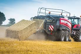 massey ferguson 2370 ultra hd baler sets new high density