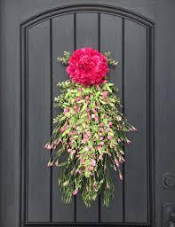 front doors 12 beautiful decorations to hang on your door that