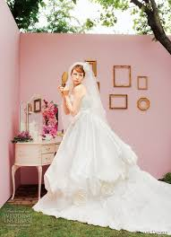 Unusual Wedding Dresses Picture Of Unusual Wedding Dresses By Uno Et L U0027etoile