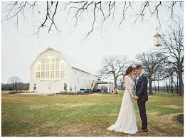 Wedding Venues Barns Top Ten Photos To Capture At Your Barn Wedding Venue The White