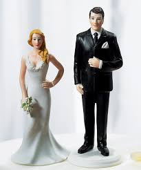 wedding cake figurines curvy and burly figurines wedding ideas wedding