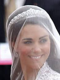 kate middleton wedding tiara so kate chose the scroll tiara for wedding lewis malka