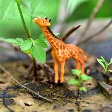 new 1pc mini deer figurines giraffe statues lawn