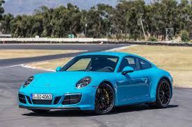 porsche 911 carrera gts black premières impressions porsche 911 carrera gts 2017 motor trend