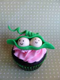 two peas baby shower cupcakes cakecentral com